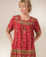 La Cera House Dresses - Cotton Short Sleeve Dress in Cherry Paisley Print