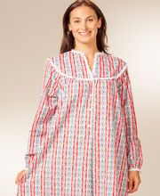 Long Flannel Lanz of Salzburg Nightgowns - V-Neck in Red Tyrolean