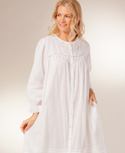 La Cera Womens Robes - Cotton Long Sleeve in Pearl Innocence - White