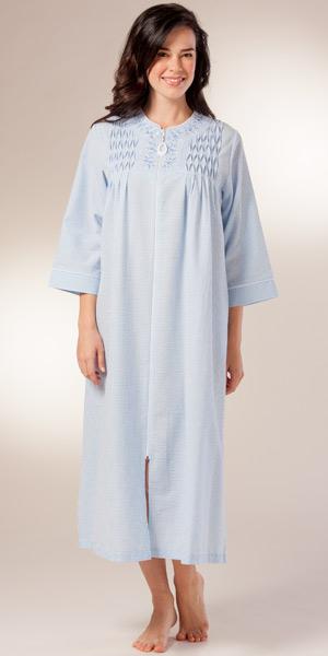 foto de Seersucker Blue Stripe Robe Miss Elaine Cotton Rich Long