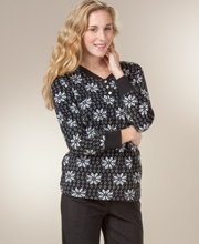Warm Women's Pajamas - Long Sleeve Fleece Pajamas in Snow Bloom