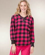 Women's Fleece Pajamas - Long Sleeve Pajamas in Fuchsia Plaid