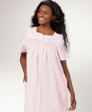Miss Elaine Zip Robe - Seersucker Smocked Short Robe in Pink