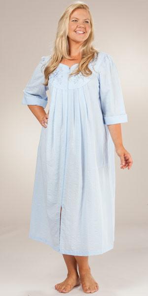 foto de Plus Long Seersucker Robes Miss Elaine Peri Zip Front