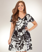 Plus Peppermint Bay Rayon Dress - Short Sleeve in Phantom Garden