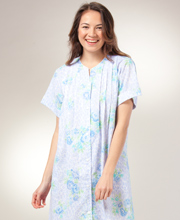 Seersucker Robe - Short Snap Front Bathrobe By Miss Elaine - Peri Floral