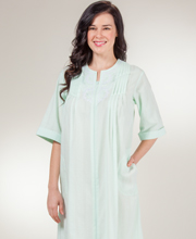 Zip Front Seersucker Robes - Miss Elaine Round Neck Long in Mint
