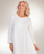 La Cera Flannel Sleepwear - Long Sleeve Cotton Nightgown in Vintage