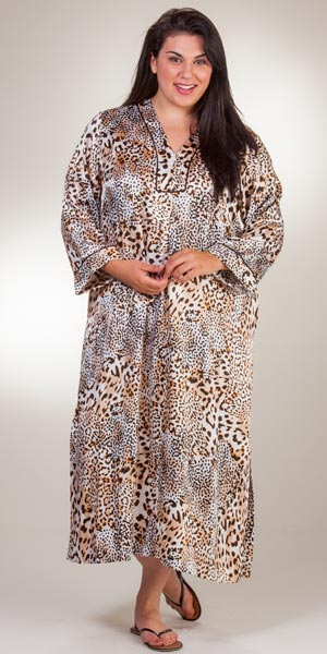 Plus oscar de la renta animal print satin charmeuse zip for Caftan avec satin de chaise