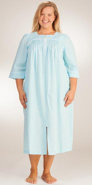 foto de Miss Elaine Long Seersucker Robe Plus Mint Stripe Zip