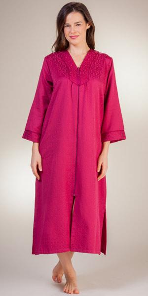 foto de Miss Elaine Robes Brushed Back Satin Zip Front Robes in Wine