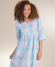 Miss Elaine Robes - Long Zip Seersucker Robe in Turquoise Plaid