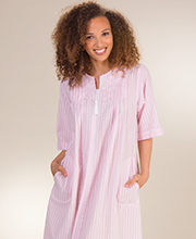 Miss Elaine Seersucker Robe - Long Zip Front Pintucked Robe in Pink Stripe