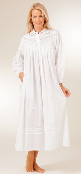 White long sleeve dress for plus size