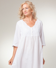 La Cera Boutique Embroidered Long Cotton Nightgowns in White Sunflower