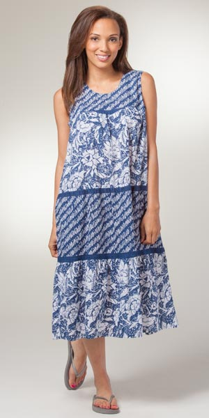 Plus Dresses - Cotton La Cera Sleeveless Sun Dress in Flower Showers