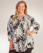 La Cera Plus Size Pleated 3/4 Sleeve Poly Blend Tunic Top - Palm Shade