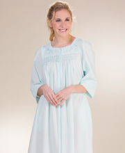 Plus Miss Elaine Seersucker - Square Neck Long Smocked Zip Robe in Turquoise