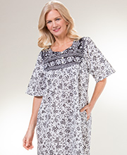 Metropolitan Plus Cotton Short Sleeve Mid-Length Muu Muu in Raven Vines