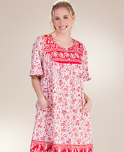 Plus Short Sleeve Metropolitan Cotton Mid-Length House Dress in Ruby Vines