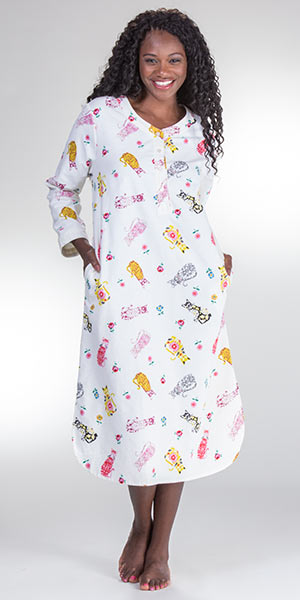 beda01b8ad Cotton Flannel Nightgown - La Cera Long Sleeve Gown in Porcelain Cat