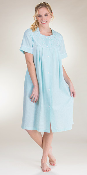 Miss Elaine Robe - Snap Front Short Seersucker Robe In Mint Stripe 13360ea36