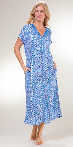 Miss Elaine Long Rayon Short Sleeve Zip Front Robes in Blue Mosaic a483840dd