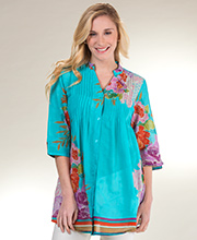 100% Cotton La Cera Pintucked Tunic Top in Floral Orient