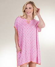Ellen Tracy Short Rayon Blend Knit Caftan Tunic in Pink Geo