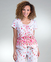 La Cera Cotton Capri Pajamas - Short Sleeve PJs in Rouge Roses