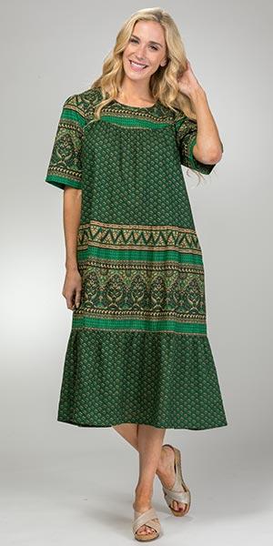 La Cera Plus Dresses - Short Sleeve Cotton Mid Dress in Forest Grove