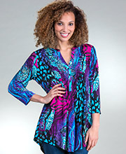 La Cera Tunics - 3/4 Sleeve Poly Blend Top in Paisley Jungle