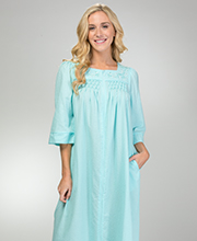 Miss Elaine Plus Seersucker - Square Neck Long Zip Robe in Aqua