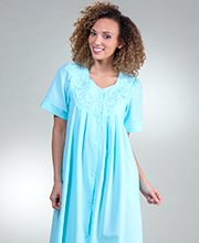 Miss Elaine Plus Short Seersucker Robe - Embroidered Snap Front in Aqua