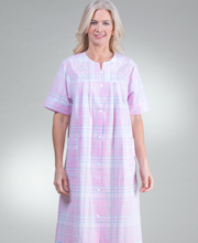 Miss Elaine Plus Size Short Seersucker Snap Front Robe - Pink Plaid