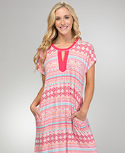 Ellen Tracy Rayon Blend Short Sleeve Knit Caftan in Diamond Delight