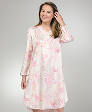 Short Miss Elaine Brushed Back Satin Pintucked V-Neck Nightgown in Pinky Peach Floral