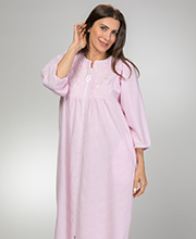Miss Elaine Robes - Long Zip Seersucker Robe in Peach Stripe