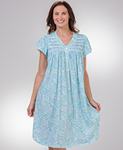 Smocked Miss Elaine Short Silkyknit Nightgown in Aqua Paisley