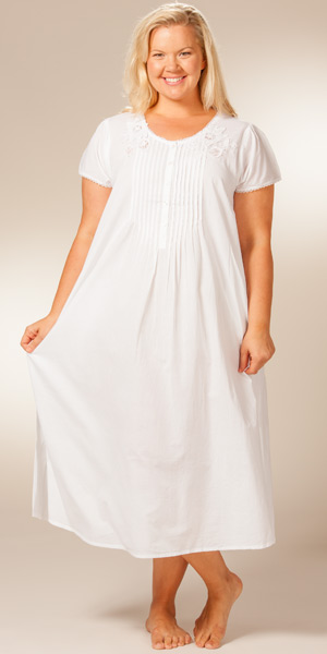 Plus Size 1X to 3X Cotton Nightgown - La Cera Short Sleeve White Gown