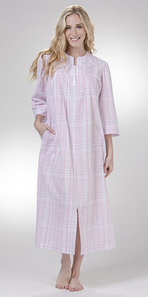 Miss Elaine Long Seersucker Robe Zip Front in Pink/Grey Plaid