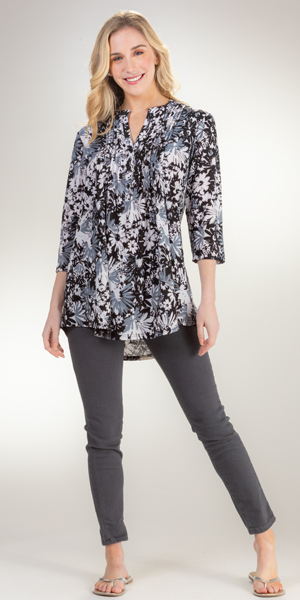 La Cera Pleated 3/4 Sleeve Poly Blend Tunic Top - Moonlight Garden