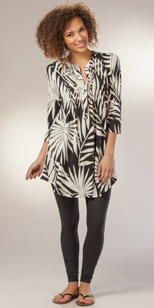 La Cera Pleated 3/4 Sleeve Poly Blend Tunic Top - Palm Shade