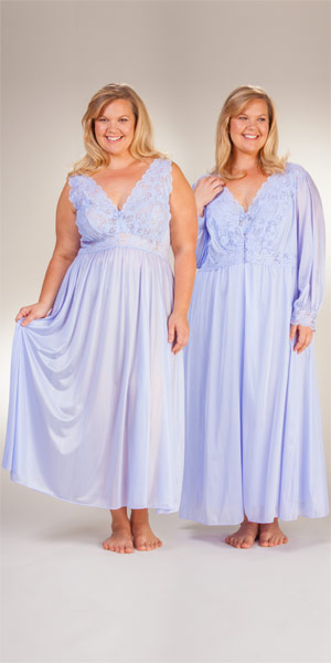 Plus Shadowline Silhouette Long Nightgown/Robe Peignoir Set - Peri Frost