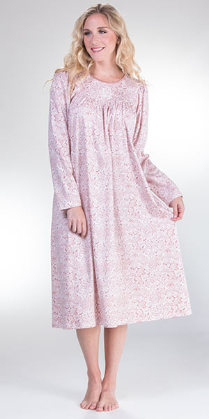 Calida Nightgowns - Cotton Knit Long Sleeve Gown in Mauve Paisley