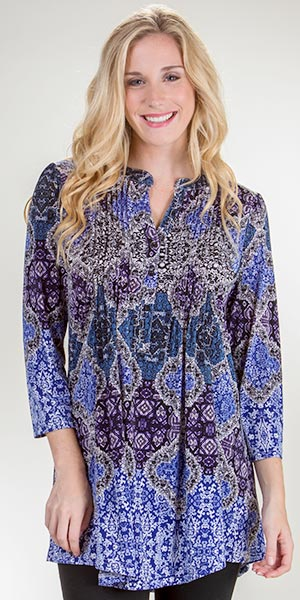 Plus La Cera Pleated Poly Blend 3/4 Sleeve Tunic Top in Baltic Fusion
