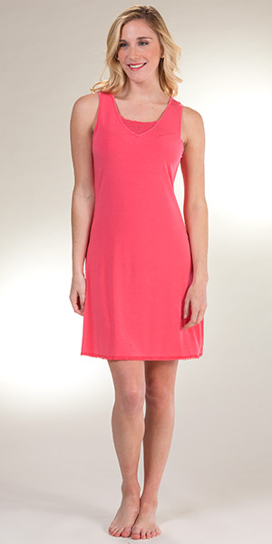 V-Neck Sesoire Sleeveless Modal Short Nightgown in Coral