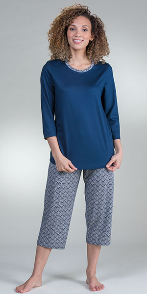 Calida Sleepwear - 100% Cotton Knit 3/4 Sleeve Capri Pajama Set in Night Shadow