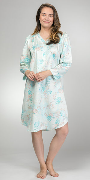 Miss Elaine V-Neck Pintucked Short Brushed Back Satin Nightgown in Aqua Floral